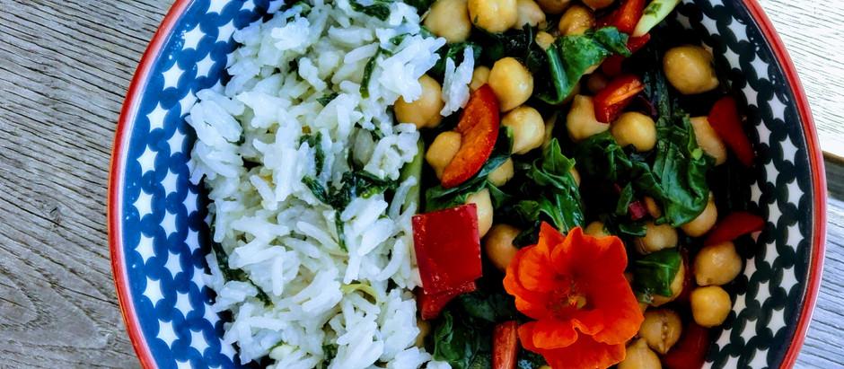 Cizrnový salát s mangoldem a paprikou