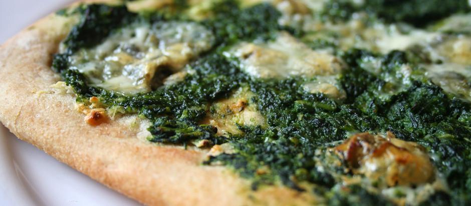 Pizza s kopřivovým krémem