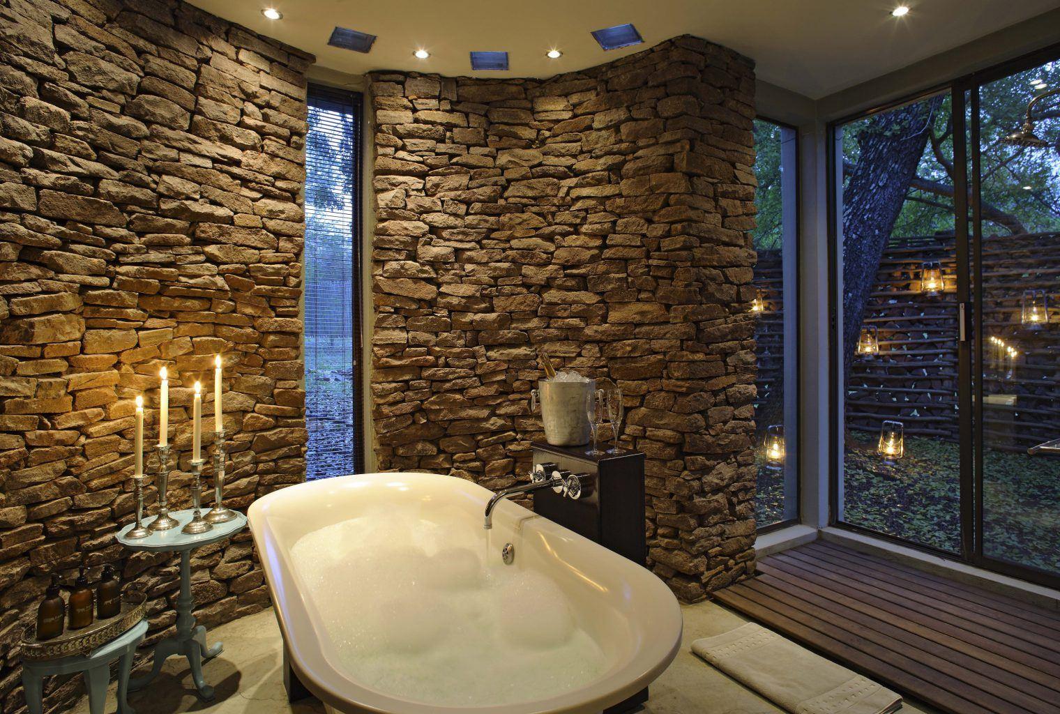 phinda-zuka-lodge-bathroo-1520x1024.jpg