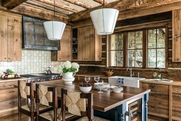 charming-rustic-house-tucked-away-in-8-i