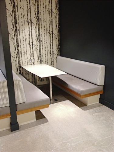 Restaurant booth_