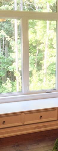 Built-in window bench_