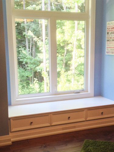 Built-in window bench_