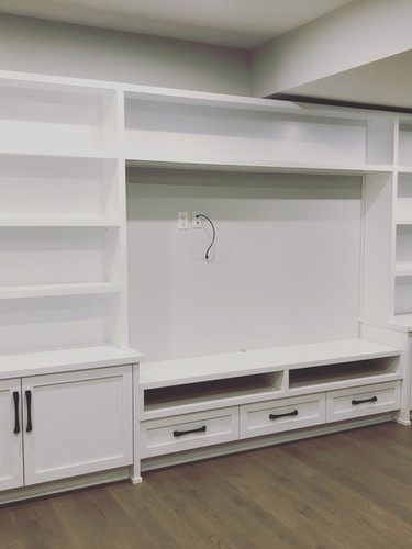 Entertainment unit with open shelving_