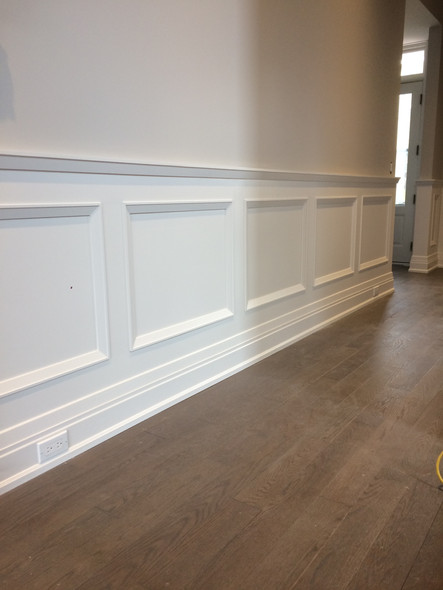 Wainscoting and interior column 2