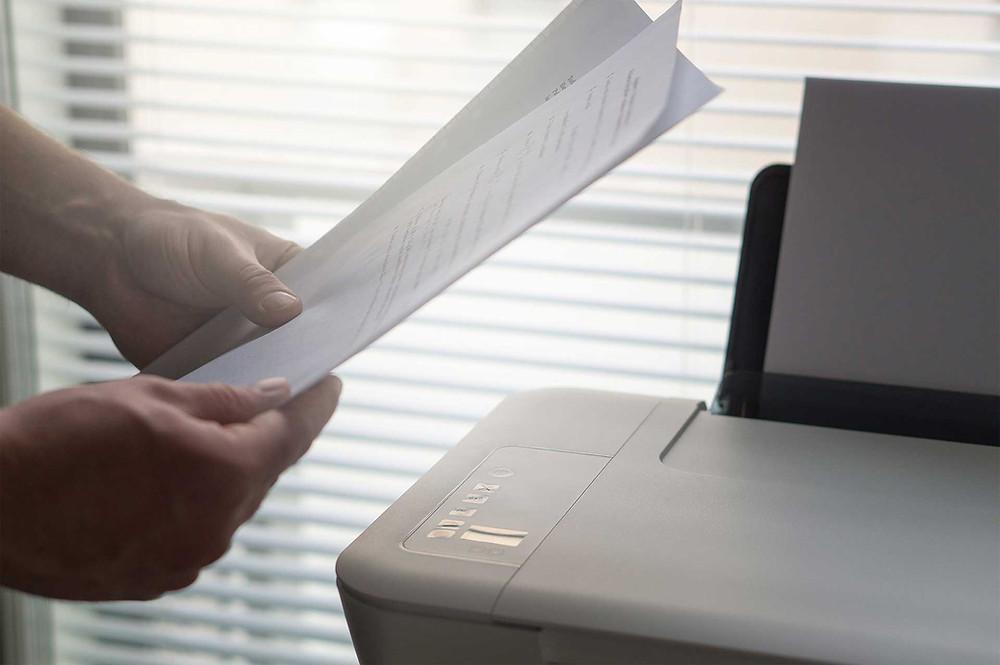 brouillon-papier-imprimer-travail-entreprise-éco-responsable_clairefeuilleciseaux