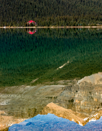 Num-Ti-Jah-Lodge-Bow-Lake-Canada-web.png