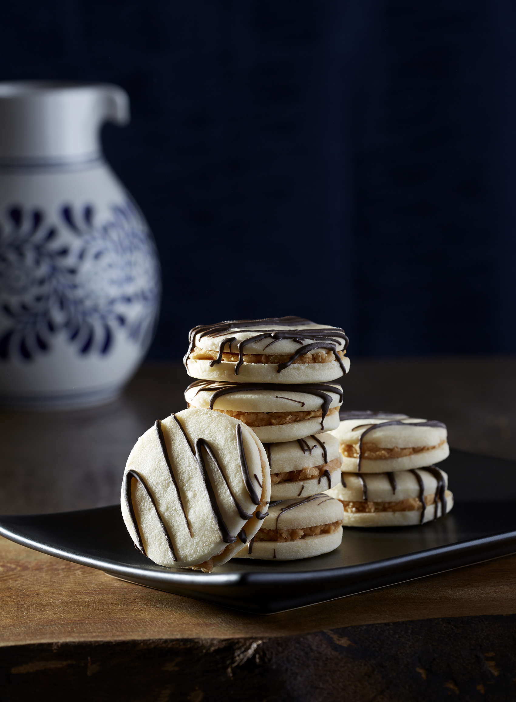 Coffee Cream Sandwich Cookies