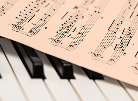 Muzică în locații comerciale fără remunerații către organismele de gestiune colectivă din România (U