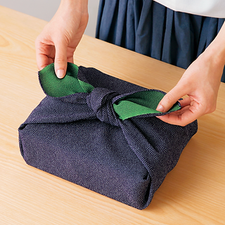 navy_green_single_knot.png