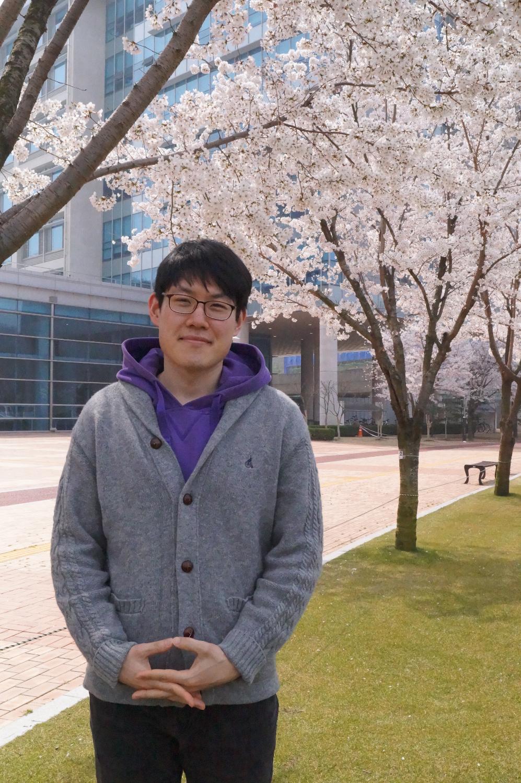 2016.04.02_E.R.Lab 단체촬영 (118)_edited.JPG