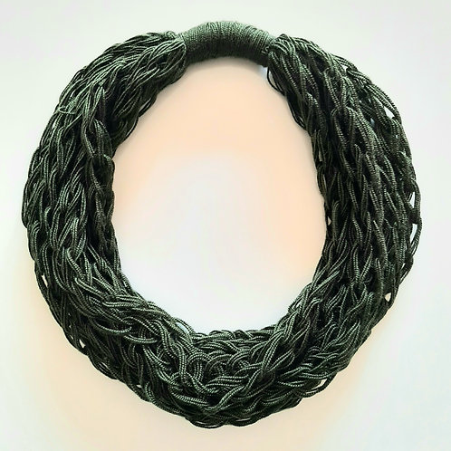 Forest Musk Green Necklace (Only one unit in stock)