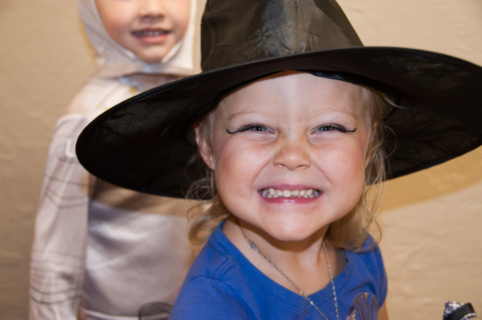 Love this delighted witch.