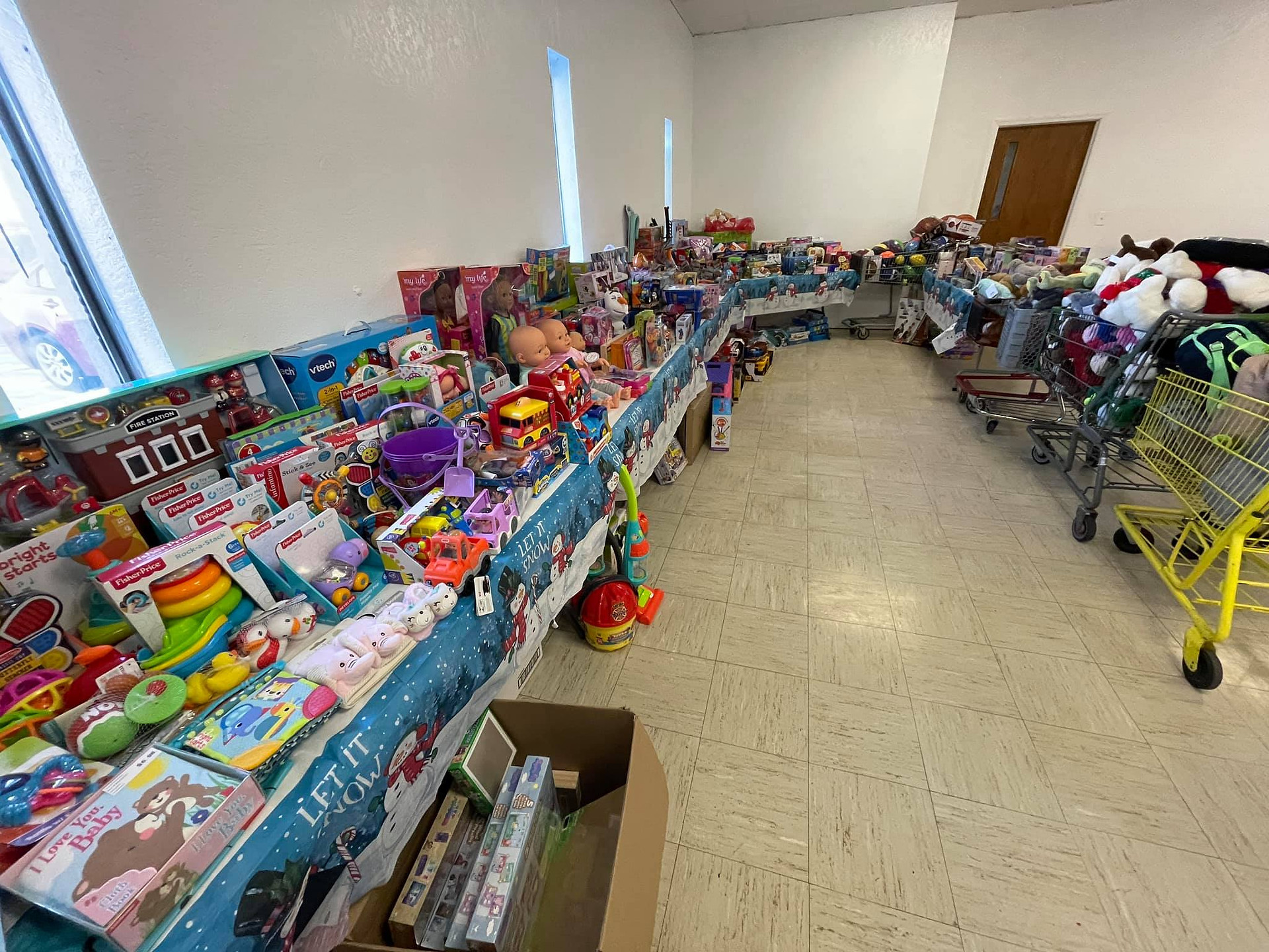 In a season of sharing, Chapel Hill made a real difference at the Skyline Christmas Store.