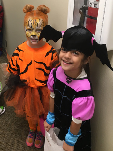 Love this tiger and bat!