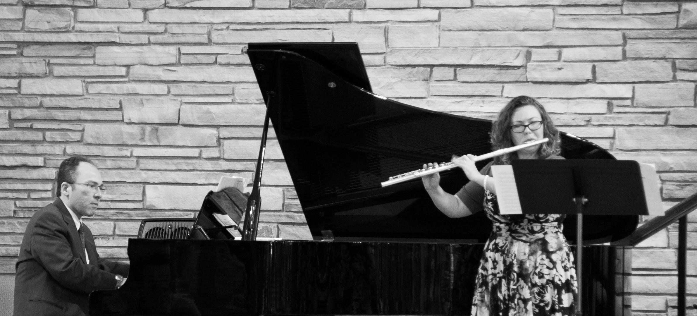 Last Sunday we praised God with gorgeous music!