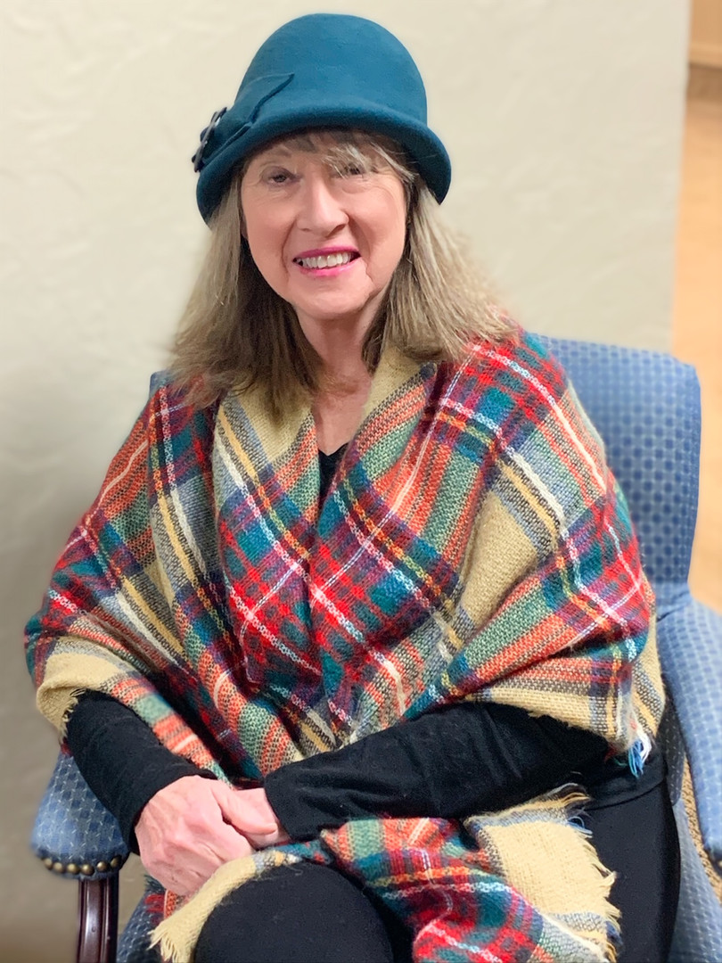 This is one gracious lady (and the hat and shawl are fab!)