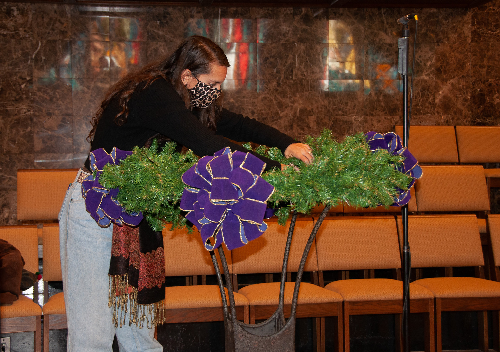 Fluffing the Advent Wreath!