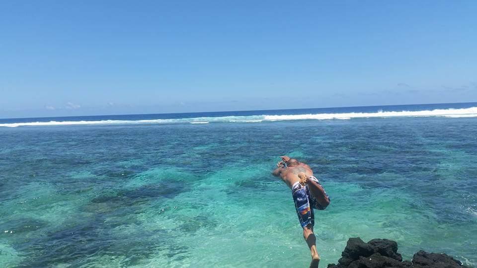 Dan diving