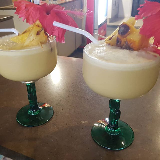 Manaia Pina Colada! Served with a garnish of rum infused, fresh local chargrilled pineapple! 🍍❤🌴💏