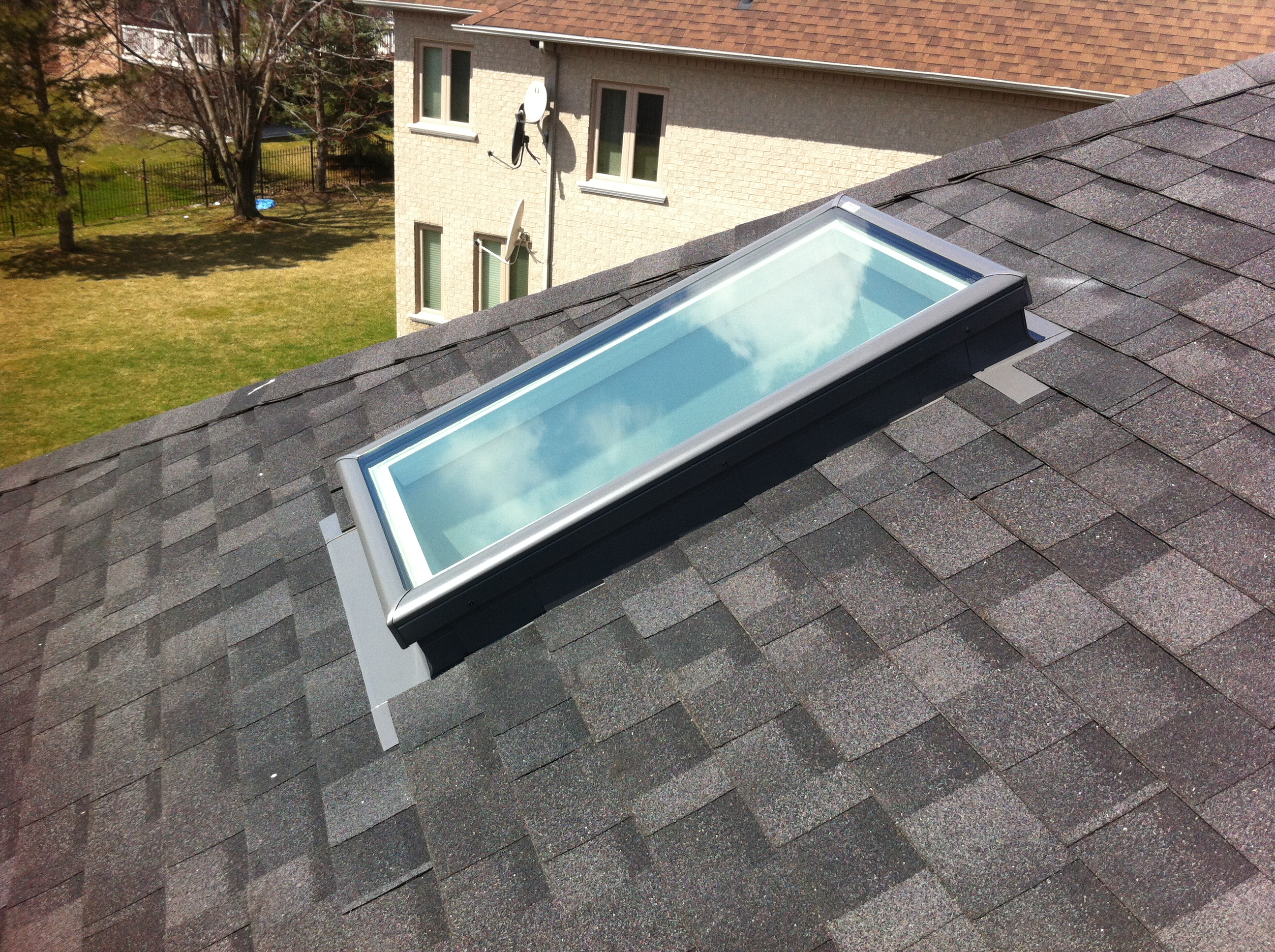 FCM 2246 Velux Curb Mount Skylight