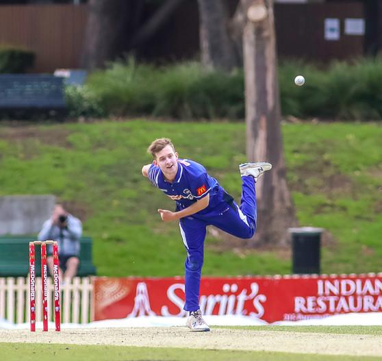 Waratahs claim points / Big win in T20 v Syd Uni