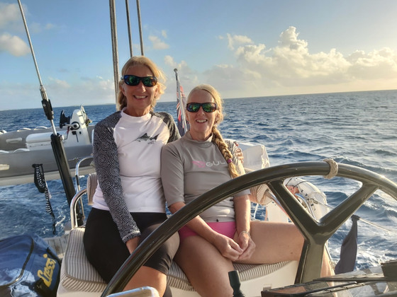 Saorsa girls final fling - Fakarava to Tahiti