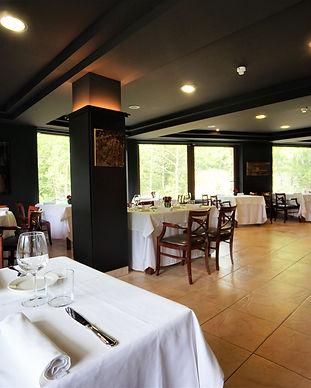 hotel-niunit-restaurant.jpg
