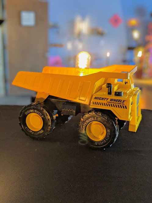 Mighty Wheels Dump Truck light