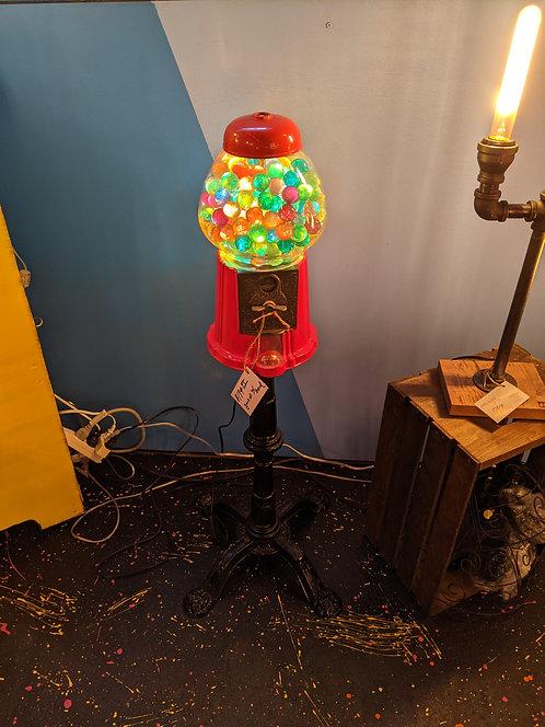 VINTAGE GUMBALL MACHINE LAMP