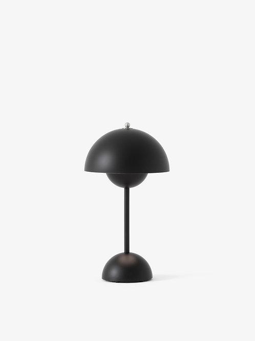 LAMPE A POSER VP9 SANS FIL FLOWERPOT DE VERNER PANTON