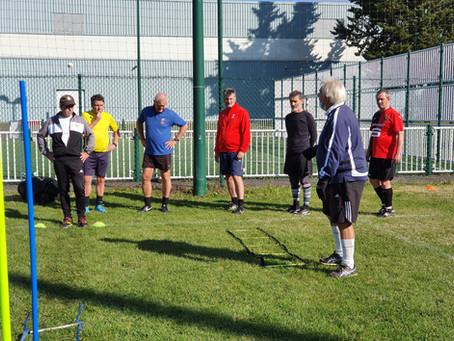 "Formation ""Coach Walking Football"""