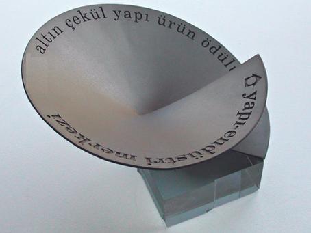 YEM / GOLDEN PLUMB ENCOURAGEMENT AWARD 2010