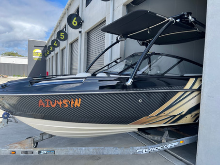 Full vinyl wrap on Bayliner 215 inside and out