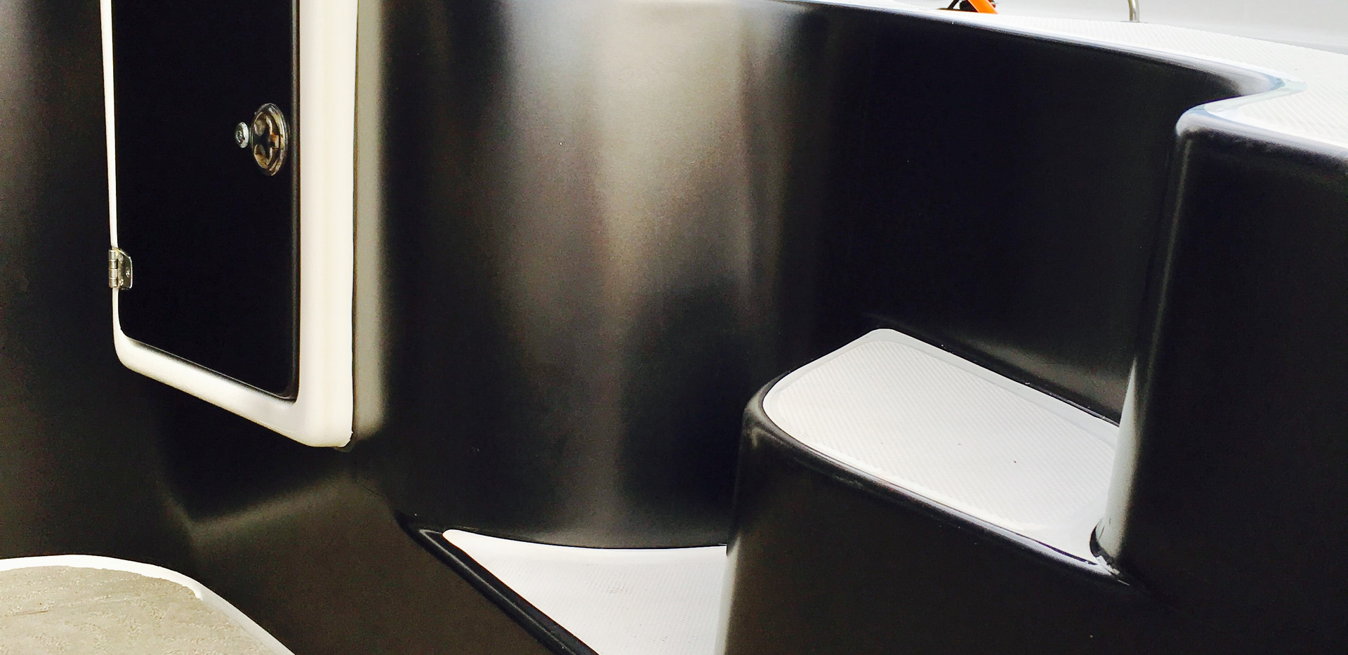INTERIOR BOAT WRAP WITH SATIN BLACK 3M