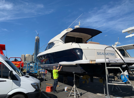 Time-lapse Video of Riviera 47 hull wrap in 3M 1080 G127 Gloss Boat Blue