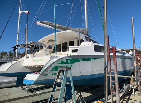 Hull Wrap of 40ft Catamaran in 3M Gloss White