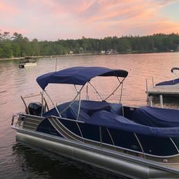 newfound-lake-inn-boat_edited.jpg