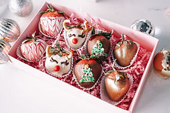 Cafe Lola Strawberries Gift Box Pink caf
