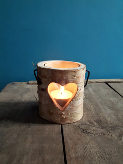 Wood heart candle