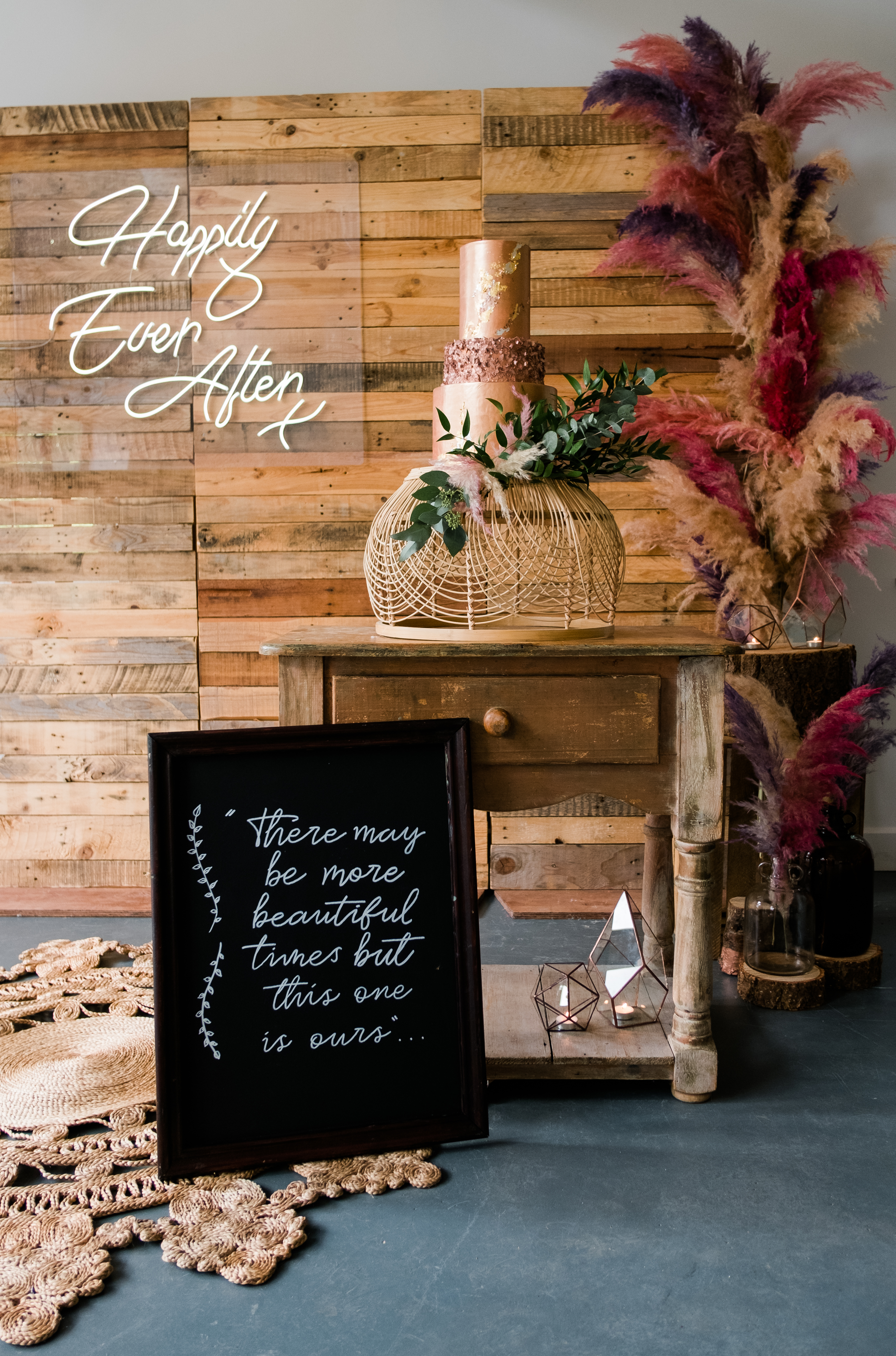Neon sign and wooden backdrop