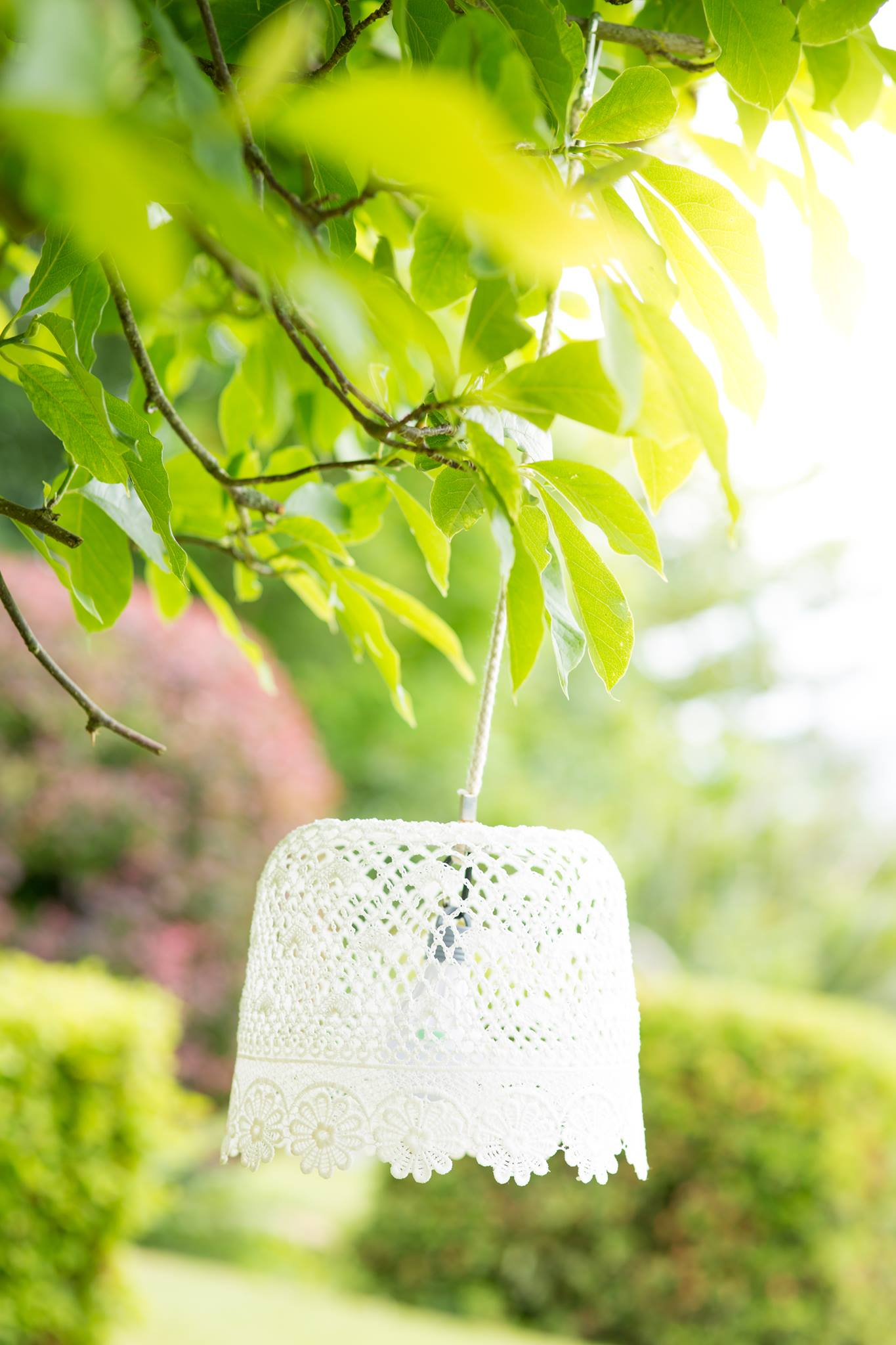 LIGHT UP LACY LAMPSHADE