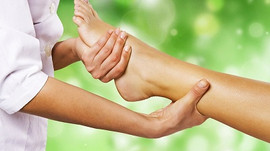 What Can I Expect in a First Reflexology Visit?