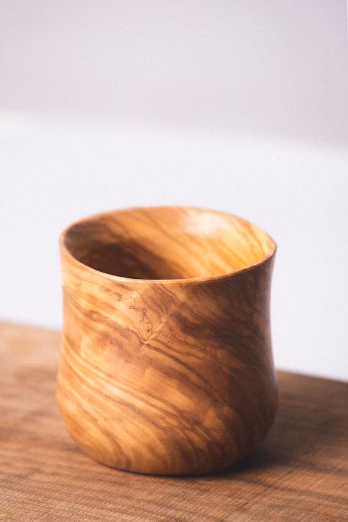 Vaso de Olivo, Vaso de olivo hecho a mano