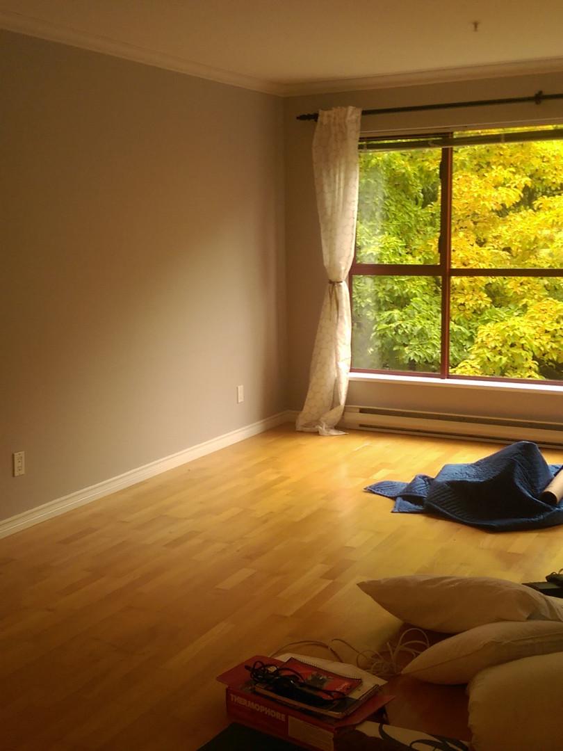 empty room w_ blankets (1).jpg