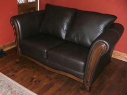 Re-colour leather sofa