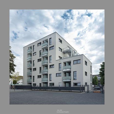 Bilderschau AachenerStraße 1065-01.jpg