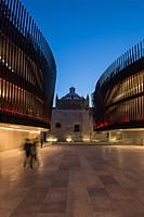 VERTICALES_0002_PALACIO DE LA MUSICA (5).jpg