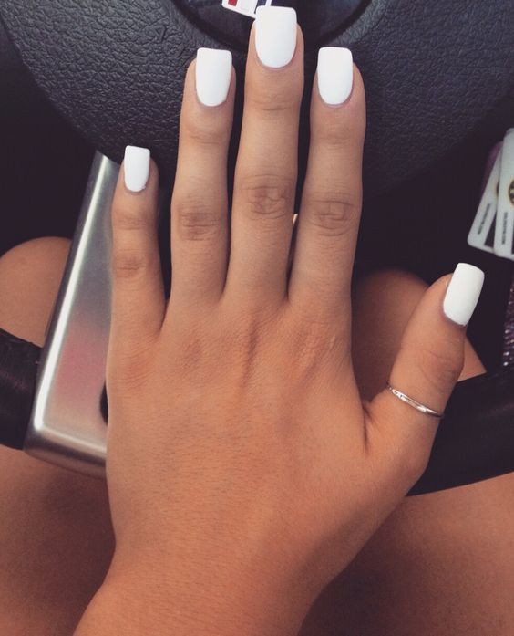 white-gel-nail-polish-manicure