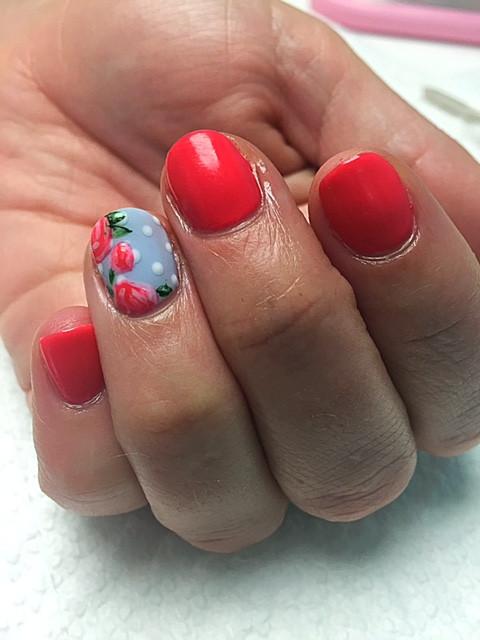 floral-nail-art-roses-flower-art-design